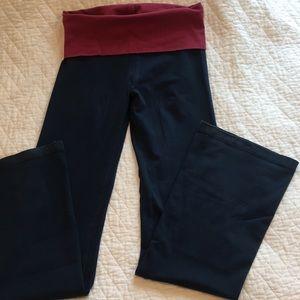 Hard Tail rolldown boot leg yoga pants